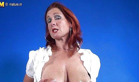Una videos xxx de maduras en español jovencita masturbándose