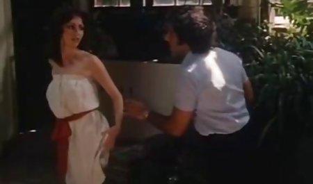 Chica polla mujeres mayores foyando en el culo