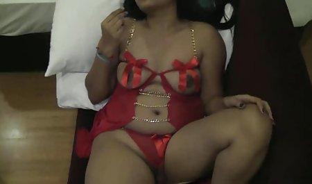 Las prostitutas en el Jacuzzi con sexo lesbico con maduras un miembro de la federación de rusia